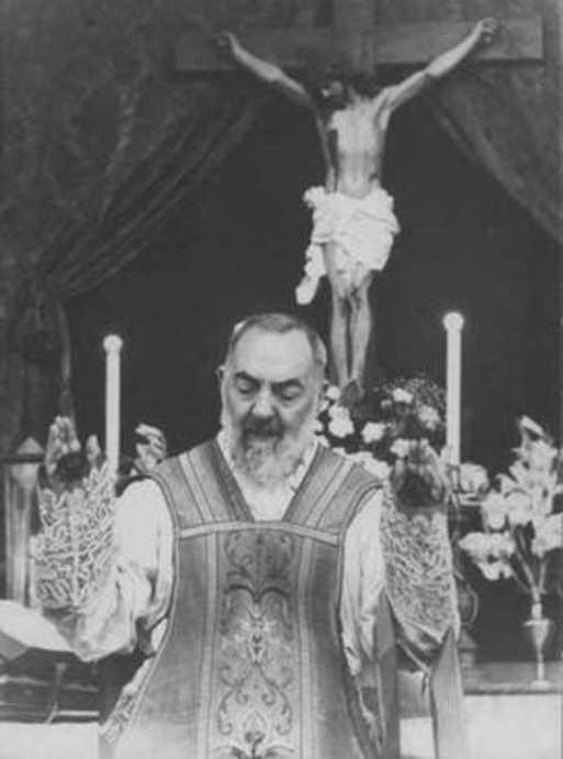 A nap Szentje Pietrelcinai Szent Pio atya